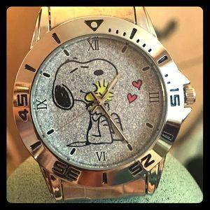 Accessories - New Peanuts Snoopy & Woodstock Watch!